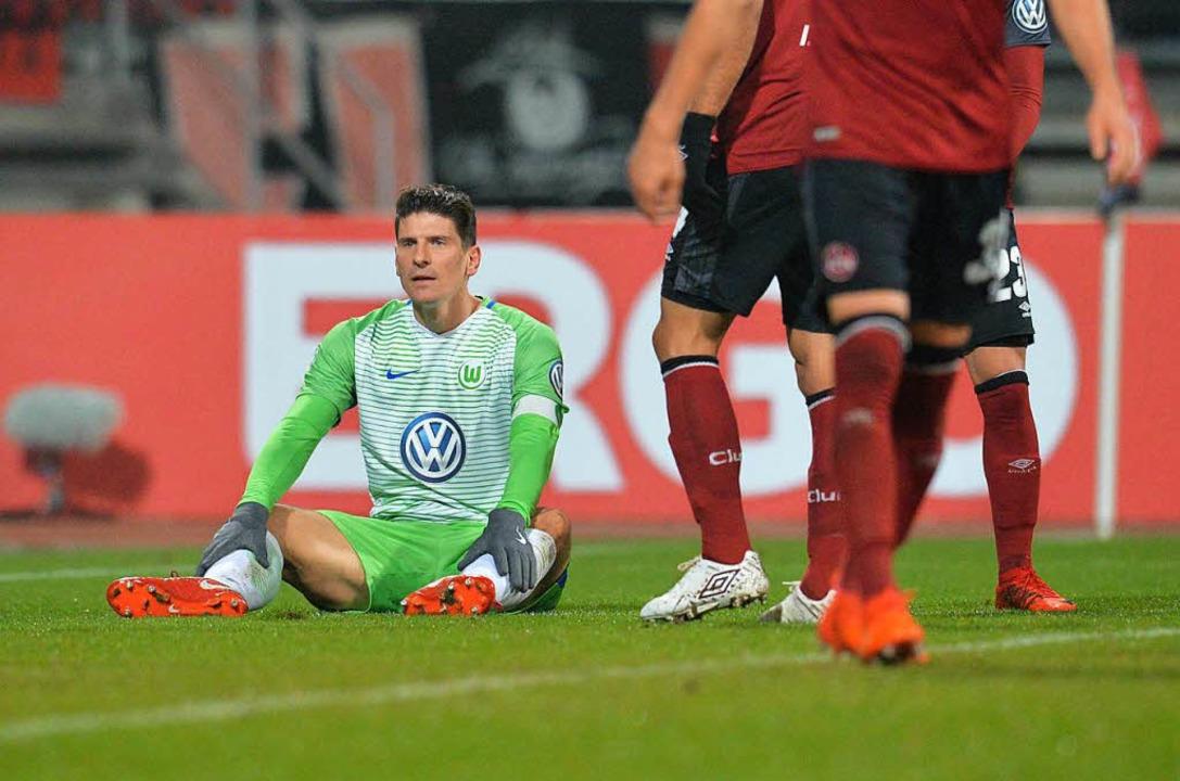 Mario Gomez – hier im Spiel der Wolfsburger gegen Nürnberg  | Foto: dpa