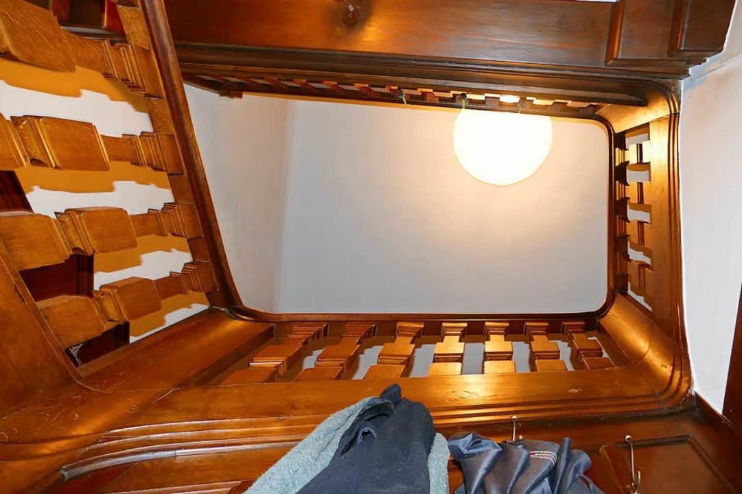 Der Blick von unten ins alte Treppenhaus  | Foto: Peter Gerigk