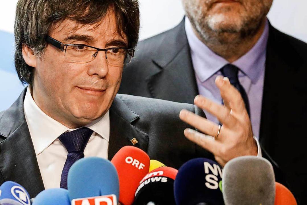 Der abgesetzteseparatistischeRegiona...ferenz zur Regionalwahl in Katalonien.  | Foto: dpa