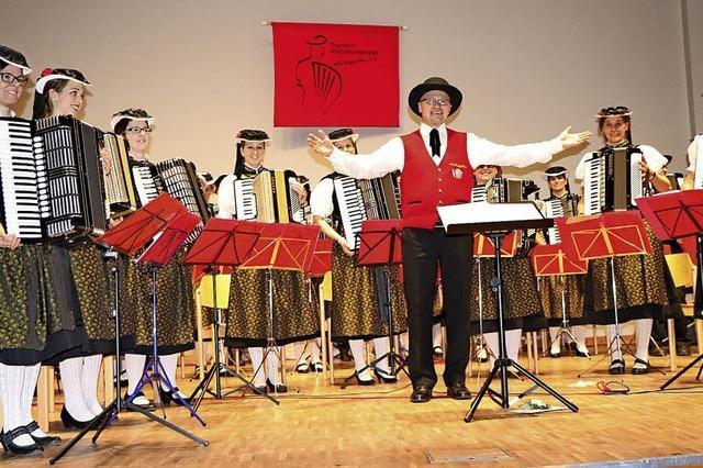 Akkordeonorchester spielt erstmals wieder im Kurhaussaal