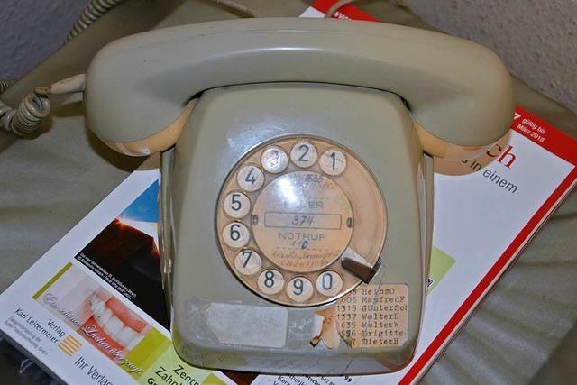 Das Wählscheibentelefon im Kleinkemser Rathaus ist am Ende