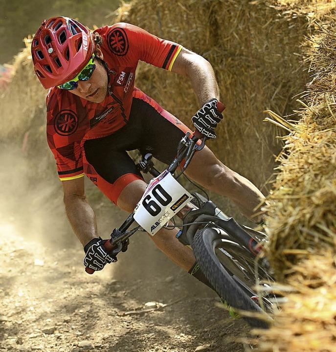 Moritz Milatz war 15 Jahre lang Mounta...olg ist der  Europameister-Titel 2012.  | Foto: Andreas Dobslaff