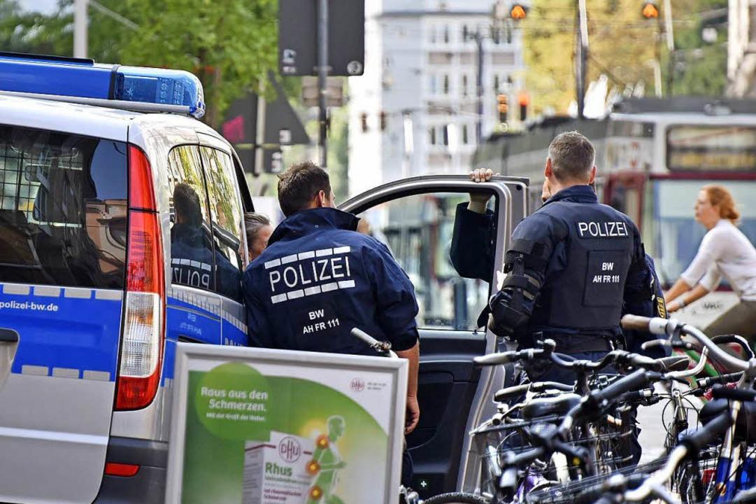 Die größere Polizeipräsenz in Freiburg zeitigt erste Erfolge.   | Foto: Michael Bamberger