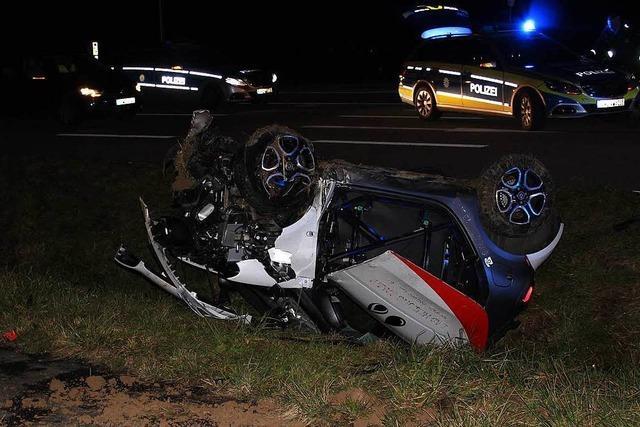 Zwei Verletzte nach Autounfall auf der B 3 bei Tunsel