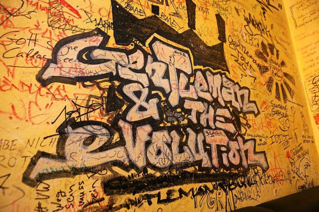 Hinterlassenschaften von Künstlern im ...eich: Gentleman & the Revolution.     Foto: Ch. Breithaupt