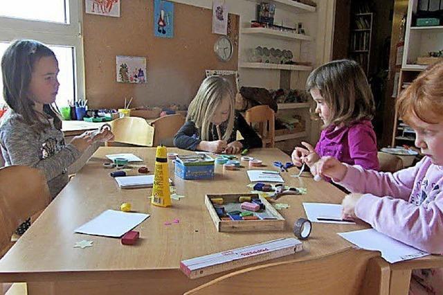 Kinder malten für Kinder