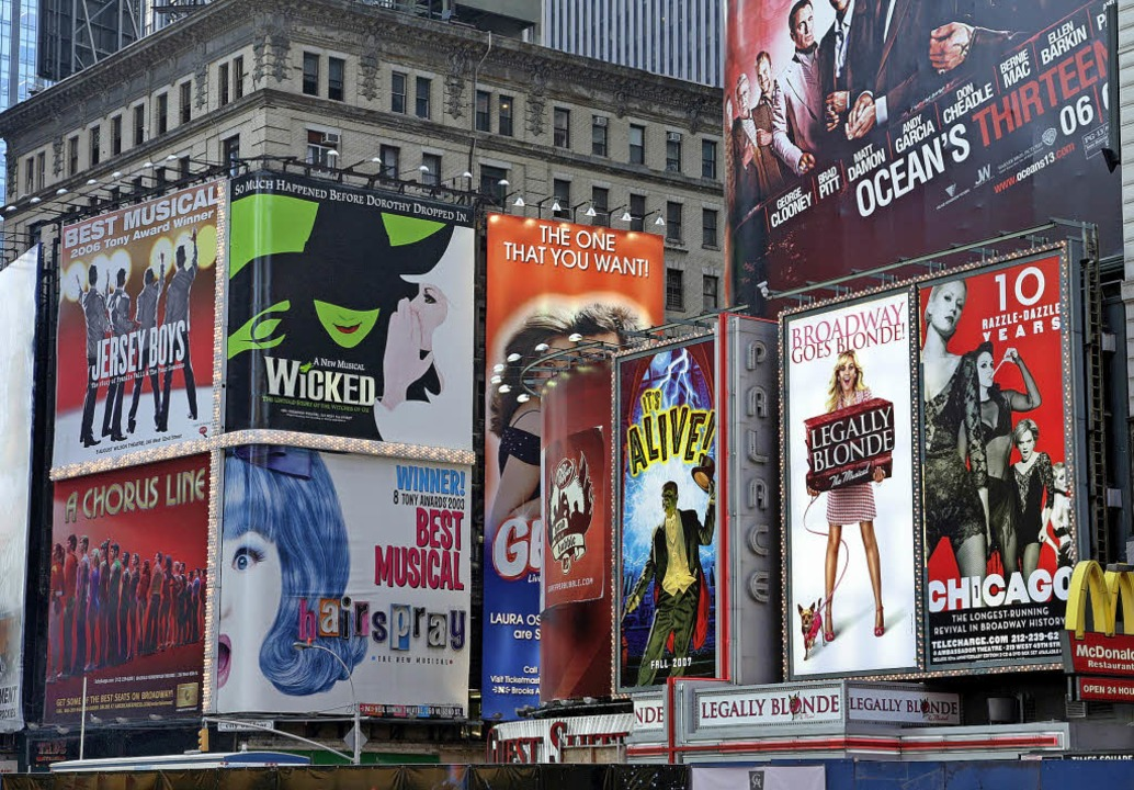Der New Yorker Broadway war akustische...es Philharmonischen Neujahrskonzerts.   | Foto: dpa