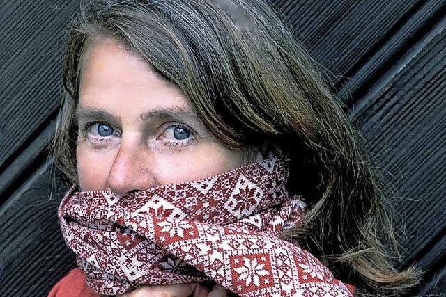 Petra Gack erzählt die Schneekönigin im Alten Klavierdepot