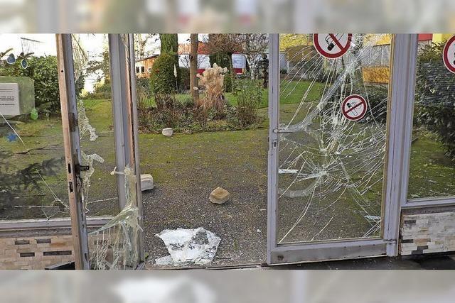 Zerstörungswut trifft Schulen