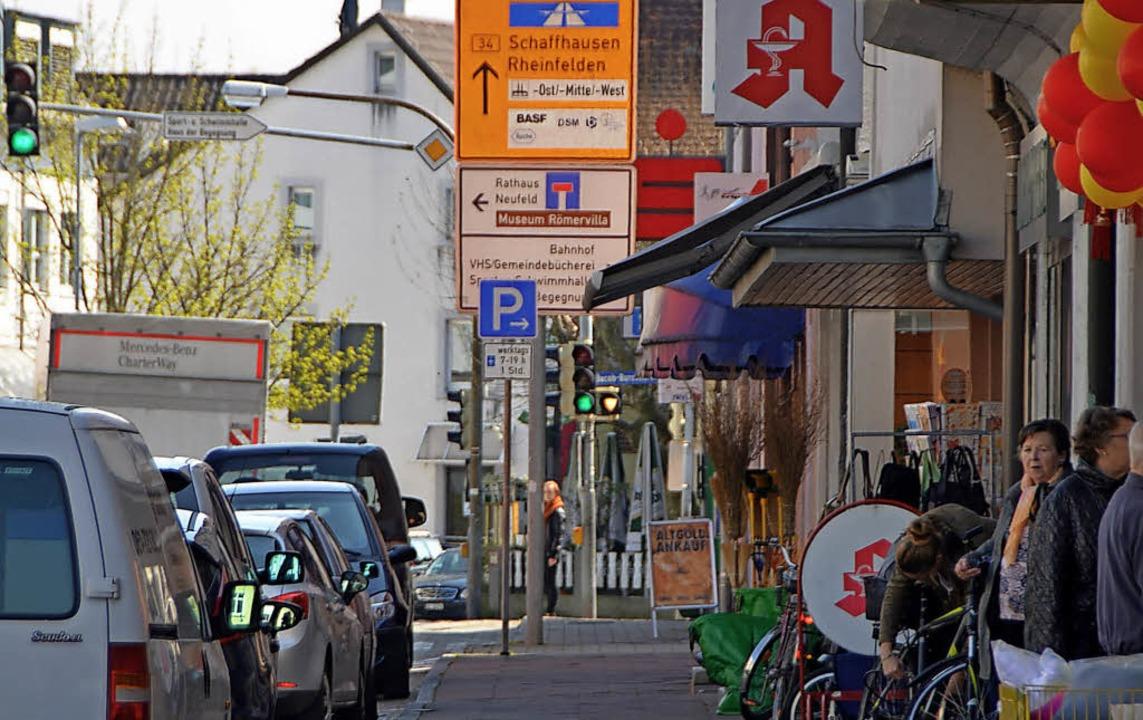 Die Basler Straße in Grenzach     Foto: Ralf H. Dorweiler