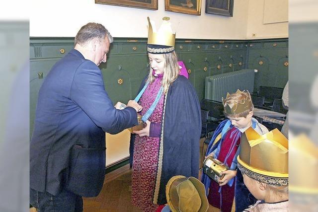 Sternsinger werden im Rathaus empfangen