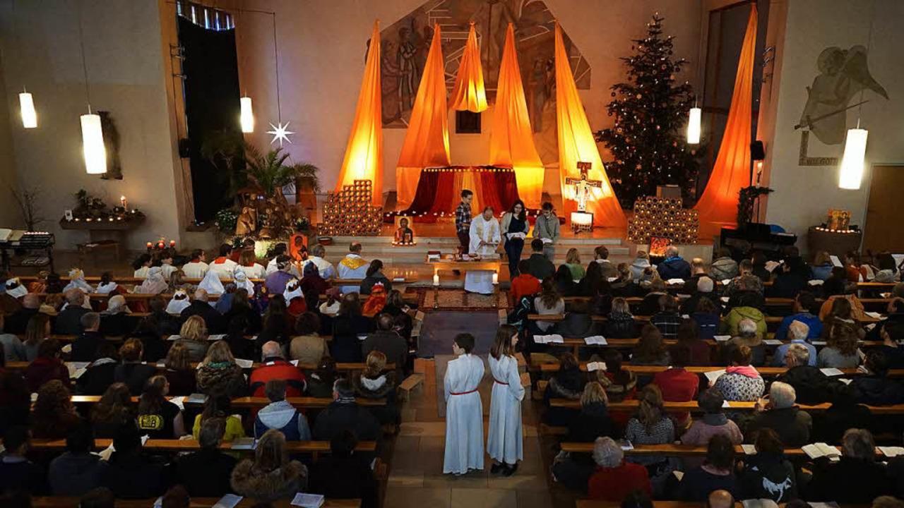 Bei den dezentralen Morgengebeten im L...h Taizé-Pilger und Gemeindemitglieder.  | Foto: privat