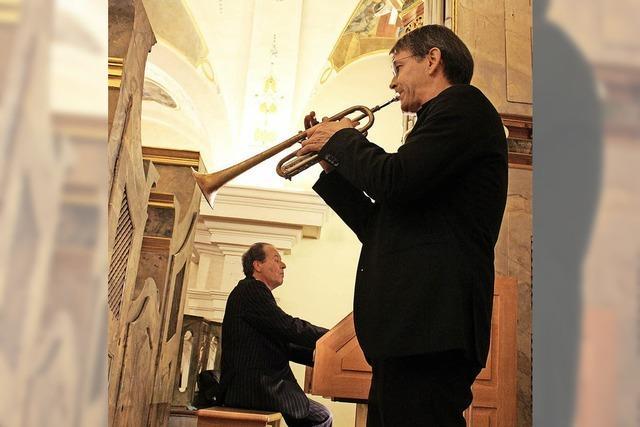 Mit Orgel und Trompeten ins neue Jahr