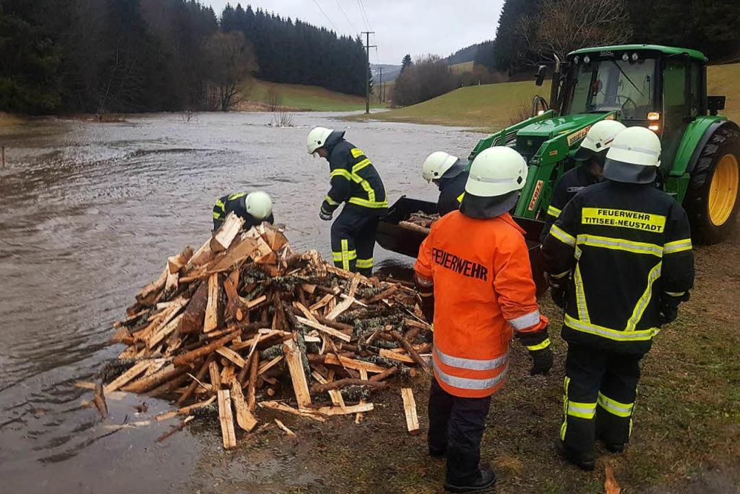 Hochwassereinsatz in Lagenordnach.    Foto: Kamera 24