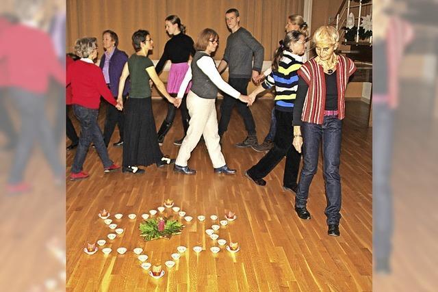 Viel Freude beim Tanz vorm Dreikönigsfest