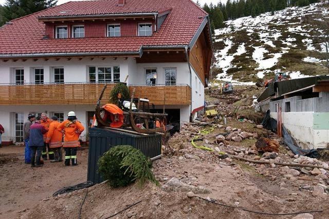 Video: Augenzeugen in Menzenschwand berichten von dramatischer Hochwasser-Nacht