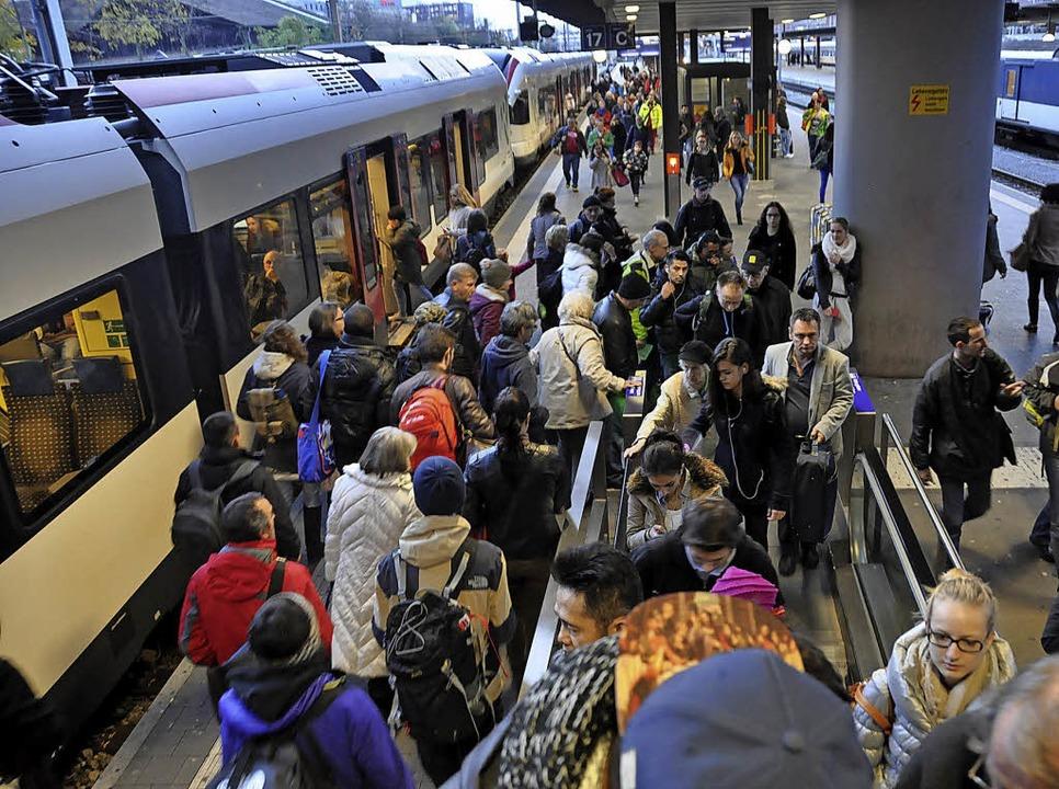 Die Regio-S-Bahn wird bislang hauptsächlich von Berufspendlern genutzt.   | Foto: Gramespacher