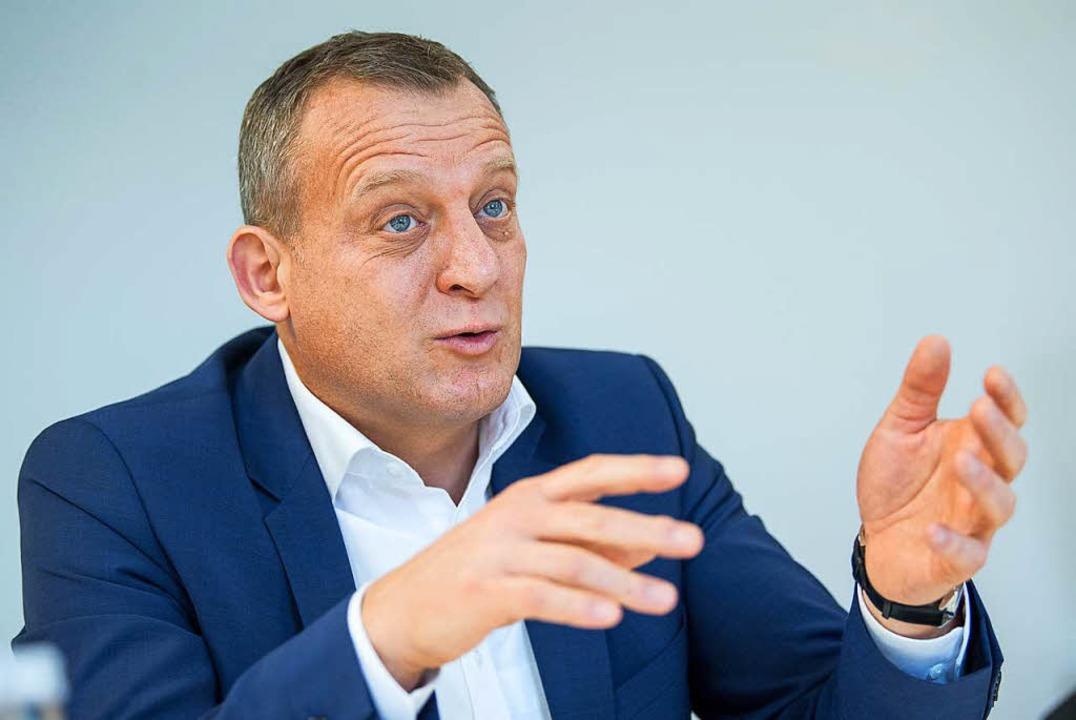 Roman Zitzelsberger, Bezirksleiter der IG Metall Baden-Württemberg.    Foto: dpa