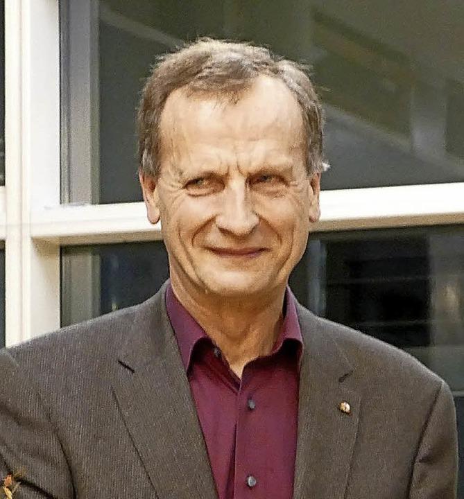 Hubert Lay bekam die Bürgermedaille.  | Foto: Claudia Müller