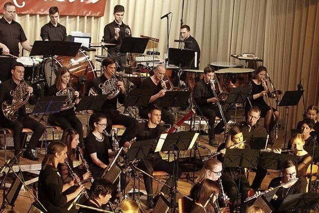 Jugend und Orchester verzaubern die Zuhörer