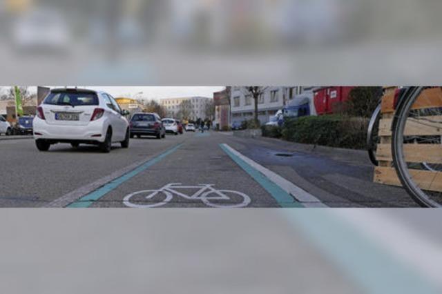 Die vielbefahrene Freiburger Straße soll für Radfahrer sicherer werden