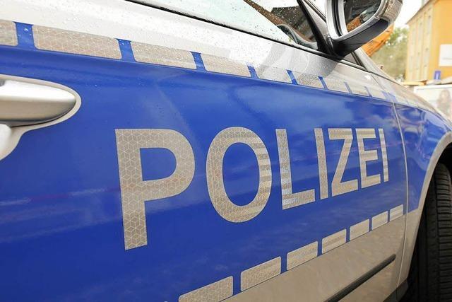 Mann verletzt sich in Freiburg an brennendem Fahrrad