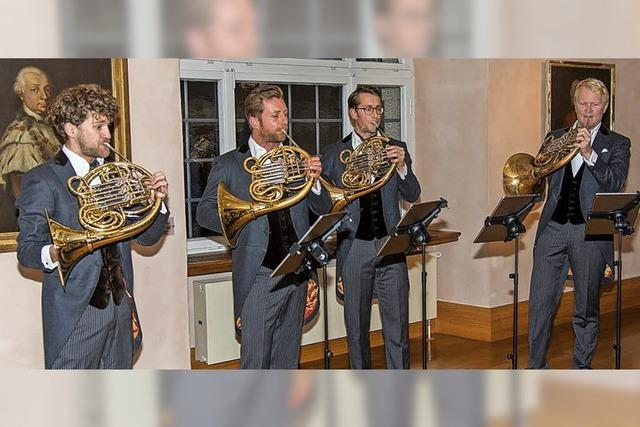 Vier Hörner ersetzen ein Orchester