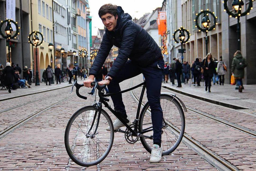 Ob Weihnachtszeit oder näher kommende ...enradsport, lässt sich nicht stressen.    Foto: Christian Engel