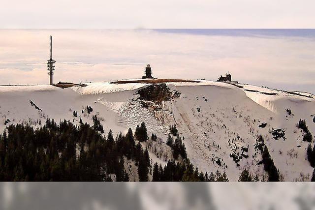 Schneebrett löst sich von der Feldbergwechte