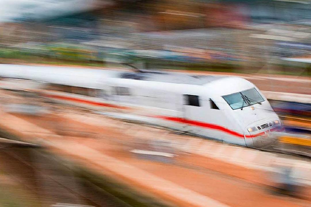 So schnell wie der ICE nach Basel raus...ch dem Halt in Freiburg auch vergeben.    Foto: dpa