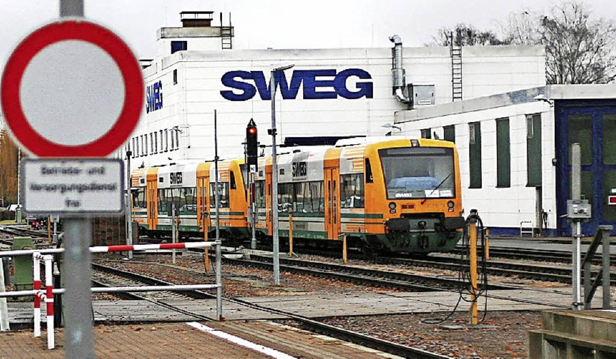Für die neuen Elektrotriebzüge zu klei... Werkstatthallen am Bahnhof Endingen.   | Foto: Wendel