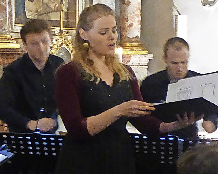 "Veronika Lutz ergänzte das Ensemble ""Non Tacet"".   | Foto: Freyer"