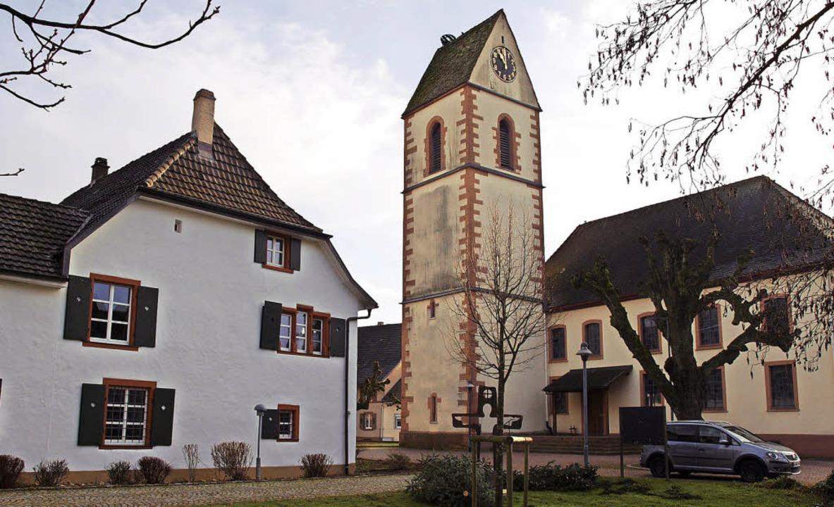 Hauingen bleibt Pfarrsitz,  das Pfarrh...le vakant – und nicht nur hier.   | Foto: Paul Schleer