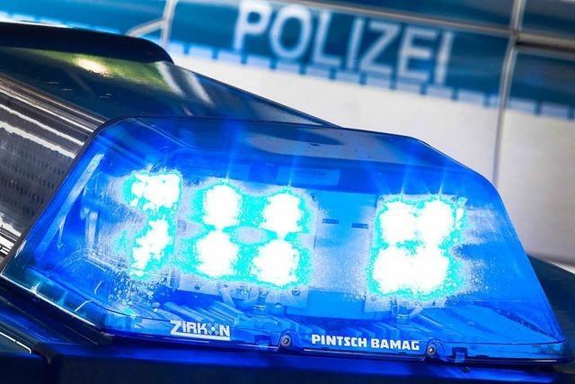Junger Mann bedroht und beleidigt Polizeibeamten