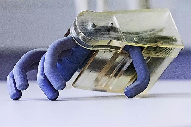 Götz' Eisenhand in Kunststoff