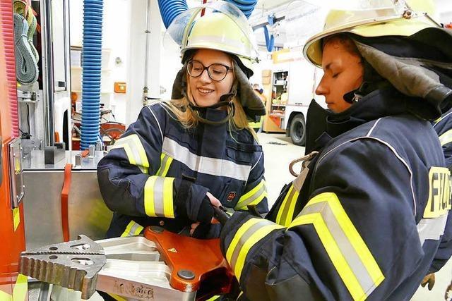 Selbstversuch: So ist es, als Frau bei der Wehrer Feuerwehr zu sein