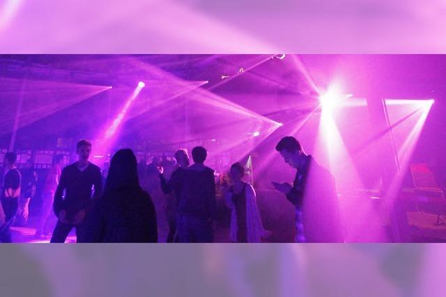 Clubs und Kameras