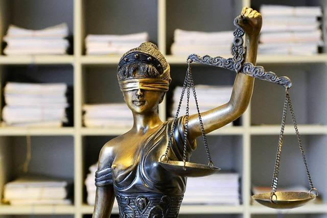 66-Jähriger muss in Haft, weil er Sozialamt um 96.000 Euro betrogen hat