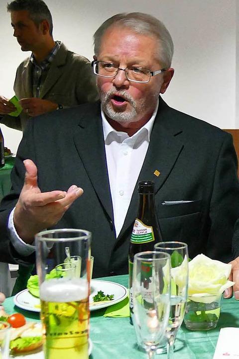 Gustav Fischer sieht den Rheinsteg als Wirtschaftsfaktor.  | Foto: Ingrid Böhm-Jacob