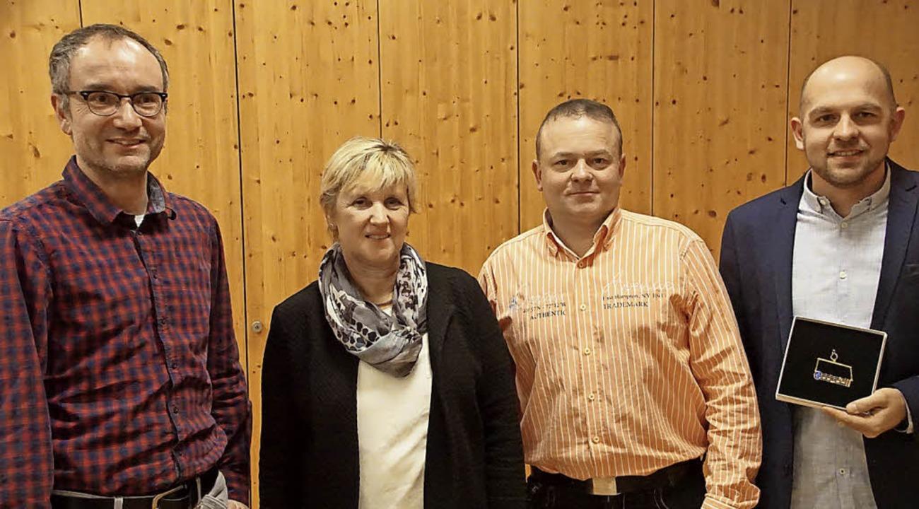 Ehrungen bei der Stadtmusik Endingen: ... Leistungen den Febon-Preis verliehen.  | Foto: Ilona Hüge