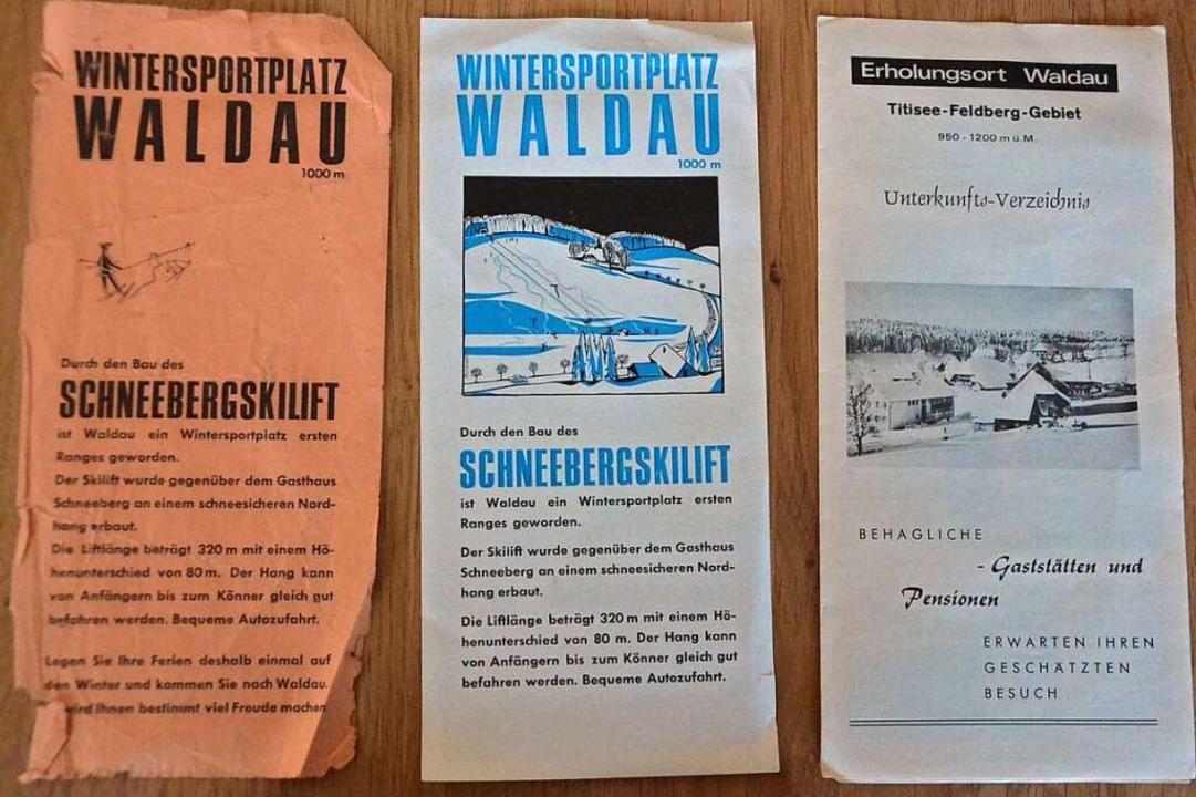 Die ersten Werbeplakate für den Winter...haben die Maiers bis heute aufgehoben.  | Foto: Alexandra Wehrle