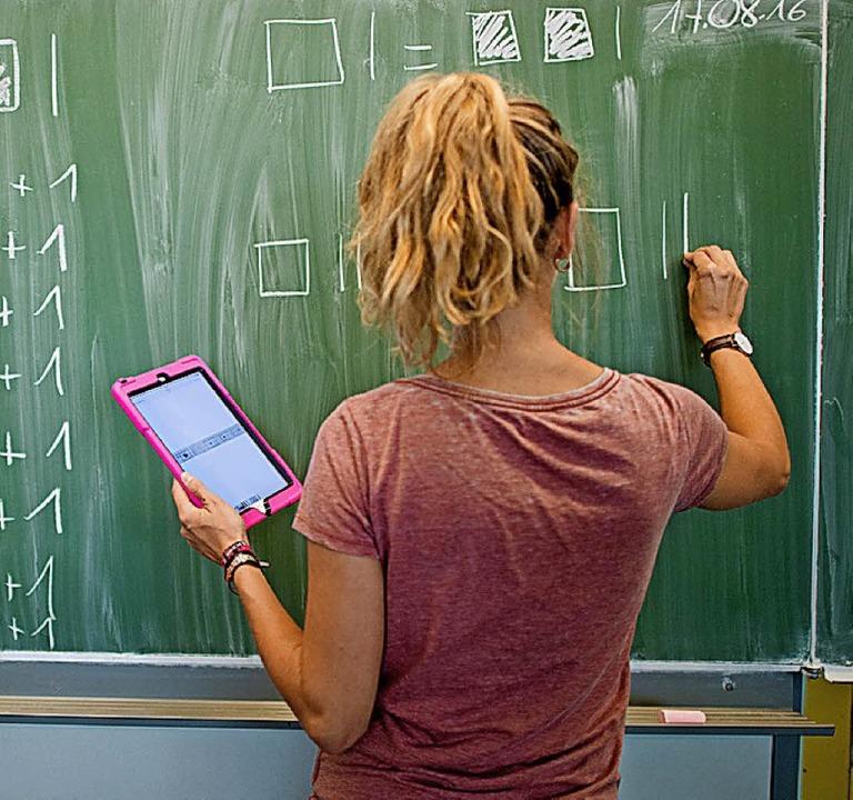 Beamtete  Lehrer sind unkündbar – dürfen sie streiken?    Foto: dpa