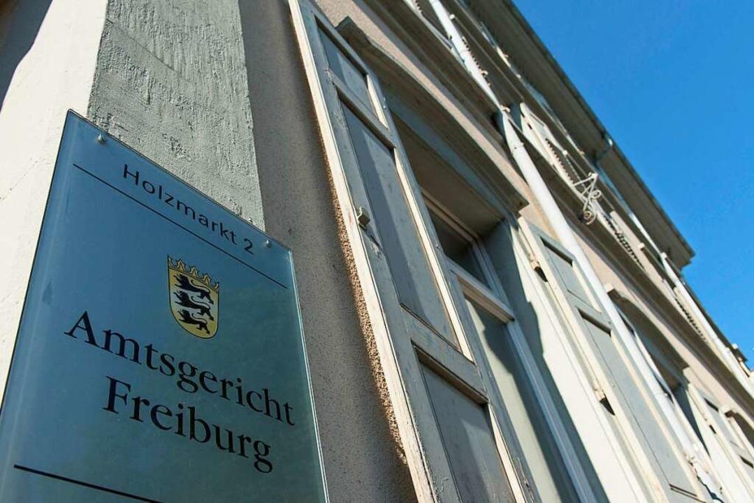 Das Amtsgericht Freiburg war ebenso mit dem Fall befasst...  | Foto: dpa