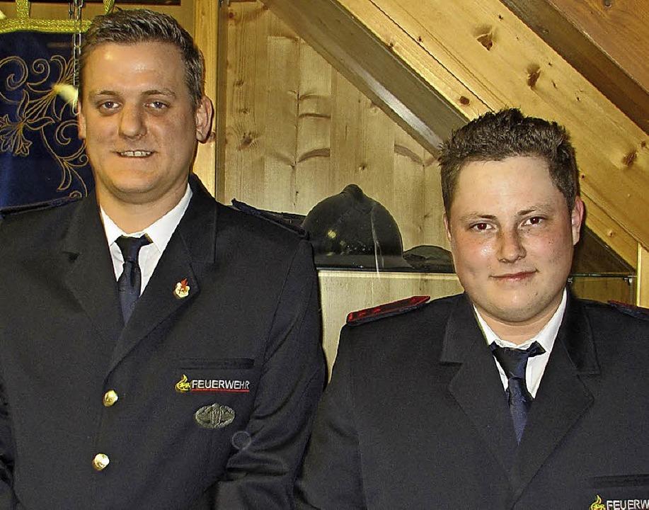 Bastian Kanzinger (rechts) löst Simon Schätzle als Jugendleiter  ab.  | Foto: Mario Schöneberg