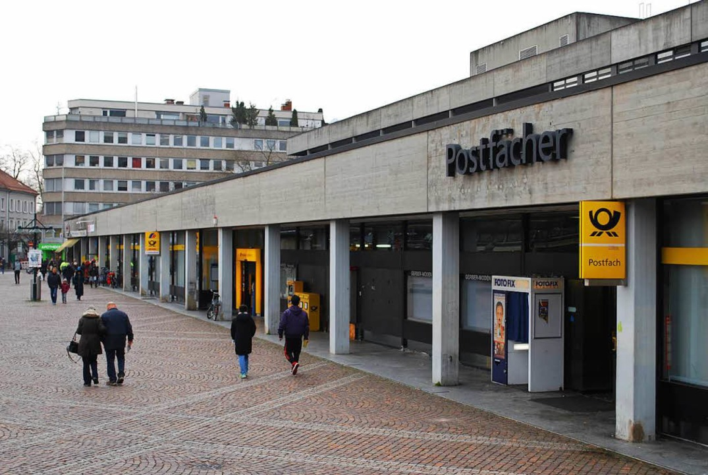 Das Postgebäude wird demnächst abgerissen.    Foto: Thomas Loisl Mink