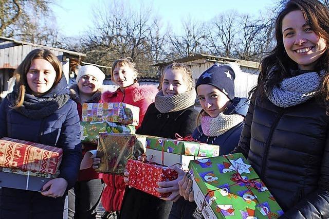 Päckchen bereiten Freude in der Ukraine