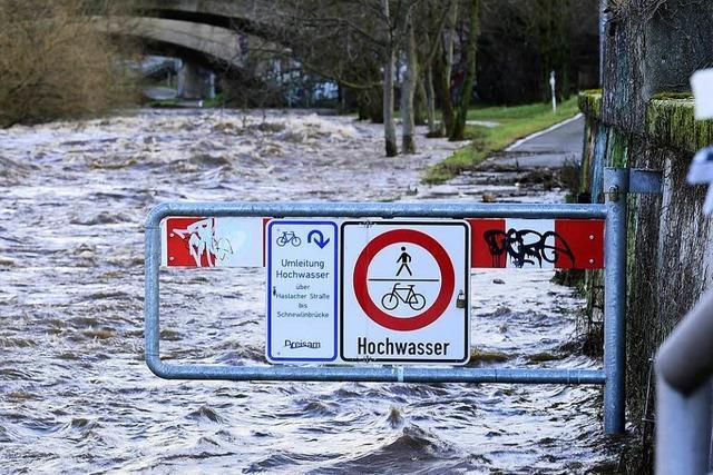 Dreisamuferradweg wegen Hochwasser teilweise gesperrt
