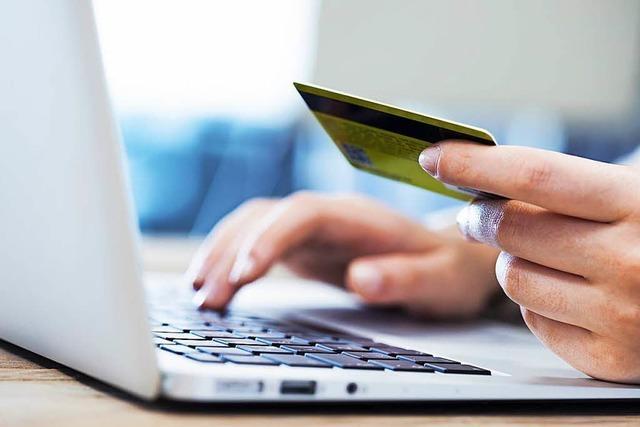 Vier Online-Betrüger sollen Kunden um 650.000 Euro geprellt haben