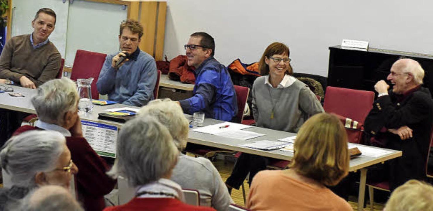 Podiumsdiskussionen können, wie das Bi...enick, Birgit Schmitt, Manfred Jäger.   | Foto: Rita Eggstein