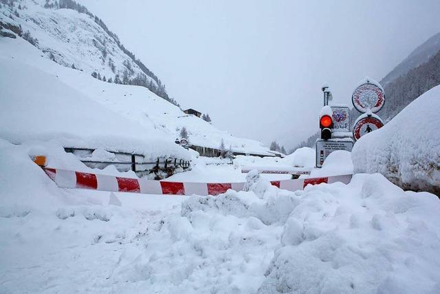 9000 Urlauber in Zermatt eingeschneit